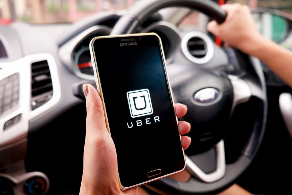 Pros and cons of Being an Uber Driver