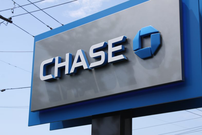 Chase Bank Pros and Cons